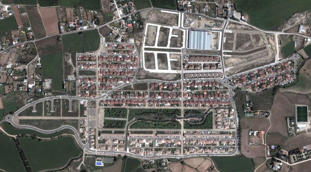 urbanización prados del rey, zaragoza, nuestros estudios, después, urbanismo, planeamiento, urbano, desastre, urbanístico, construcción, rotondas, carretera