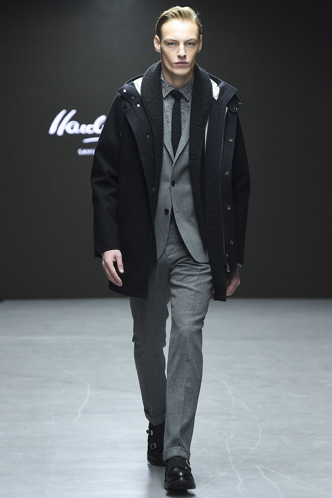 FW15 London Hardy Amies023_Roberto Sipos(VOGUE)