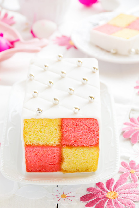 """Classic cake biscuit """"Battenberg"""" with marzipan."""
