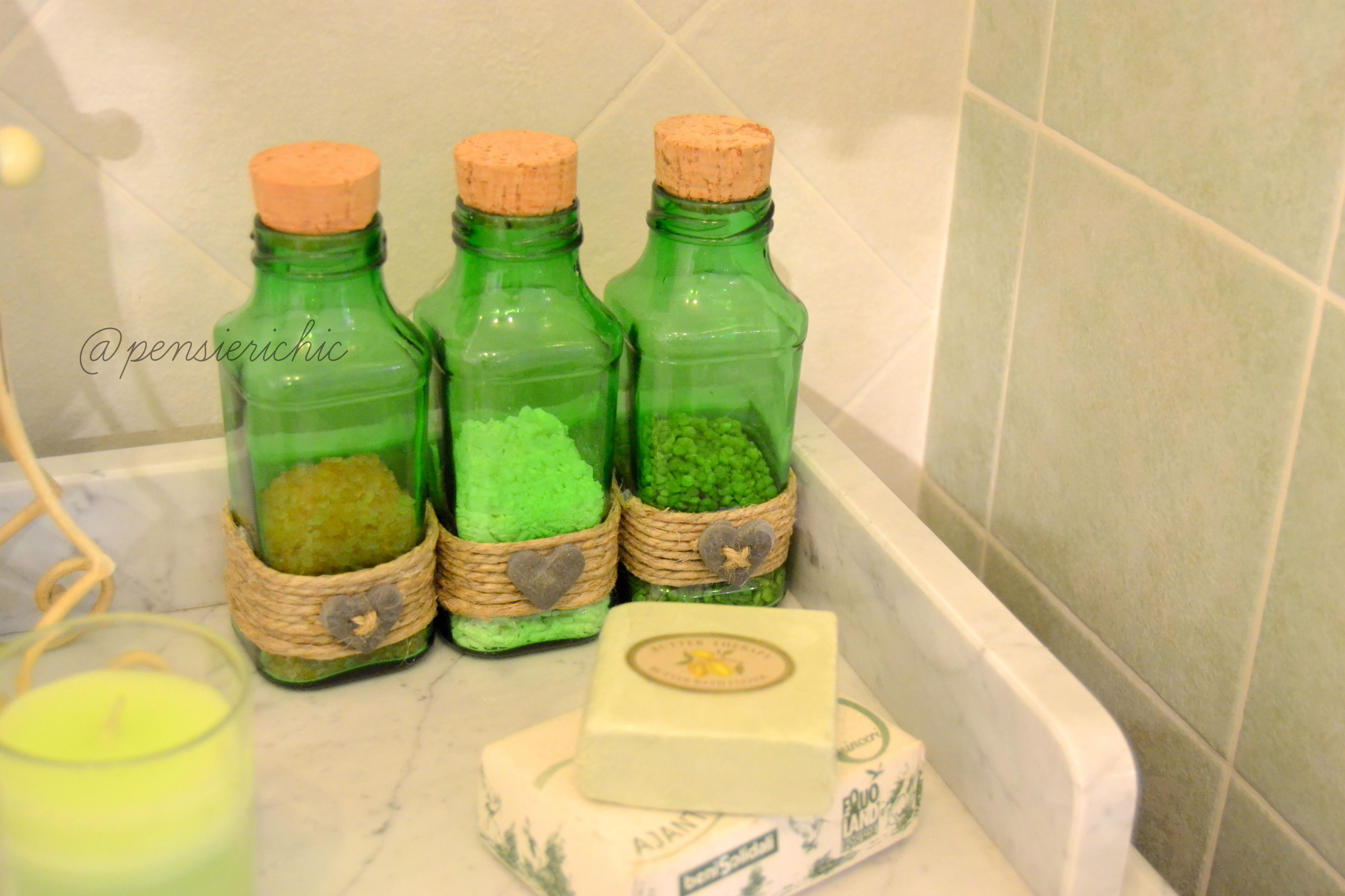 da succhino a boccette per il bagno