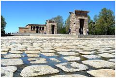 templo de debod en seco