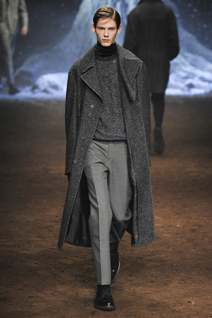 FW15 Milan Corneliani022_Charlie Smith(VOGUE)