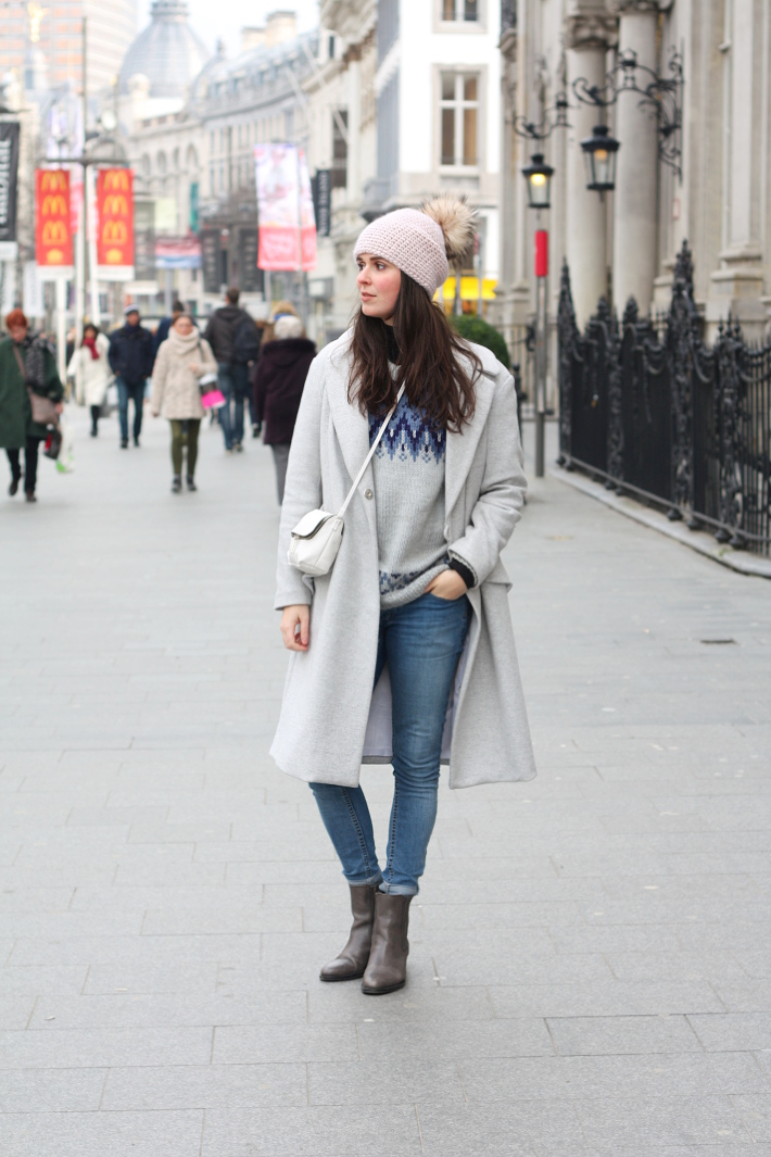warm winter outfit: grey wool winter coat, fair isle knit, cheap monday denim
