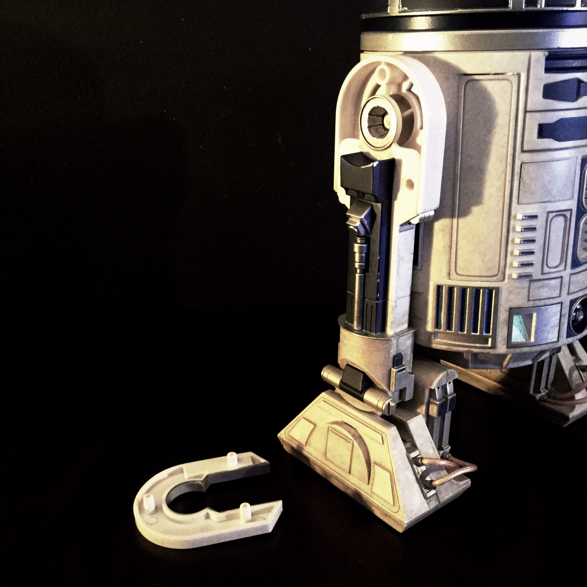 [REVIEW] Star Wars : R2-D2 Deluxe (Sideshow) 16418181036_060be5cba0_o