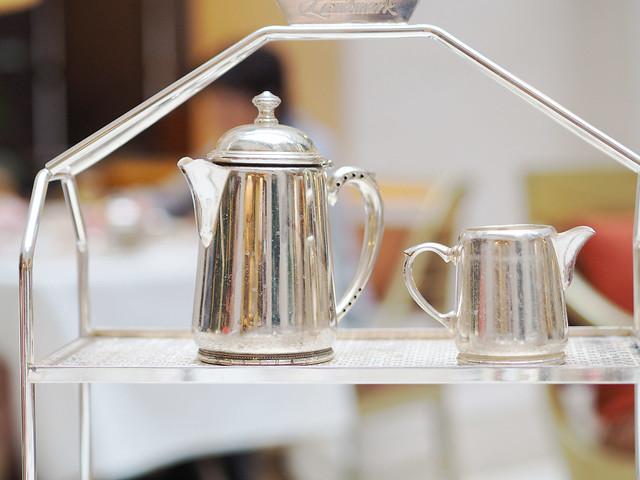 landmark-teapots