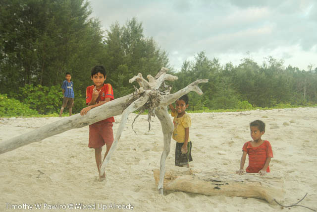 Indonesia - Sumba - Tarimbang - Local Kids