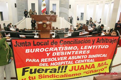 Piden agremiados del Sindicato de Trabajadores del Hospital Central solución al conflicto sindical