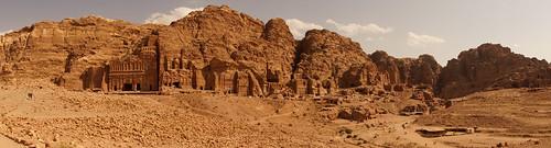 panorama heritage architecture landscape sandstone petra jordan kings majestic archeology tombs jordania panorámica royaltombs wordheritagesite tumbasreales rockcuttombs kokhim