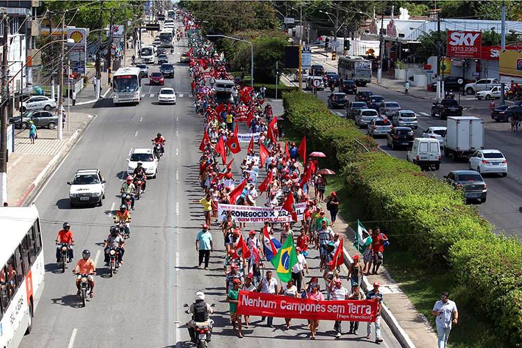 marchaalagoas2015.jpg