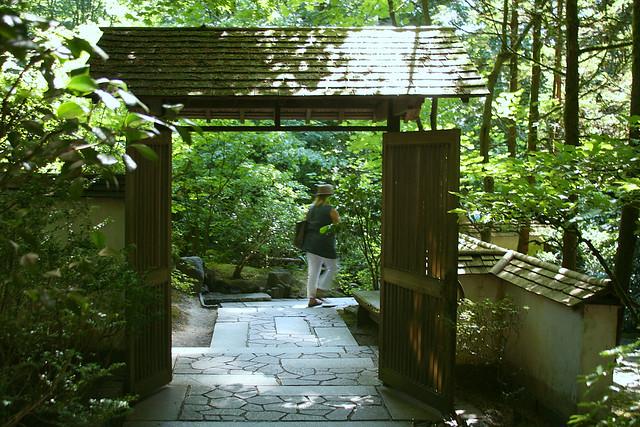 4_garden_gate
