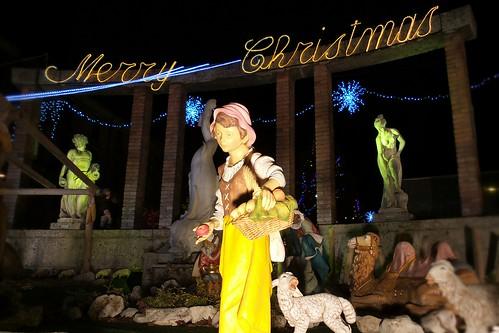 """La pastorella che augura """"Merry Christmas"""""""