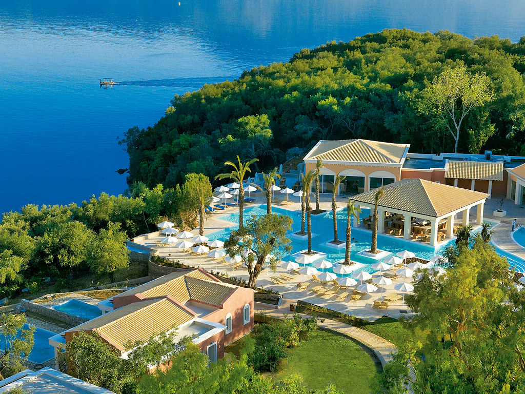 01-luxury-hotel-in-corfu-6061