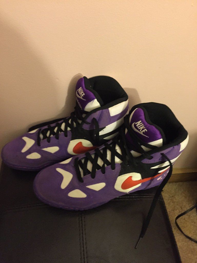 buy popular 2ef4a 8db56 ... Purple Nike air reversals lbn size 9.5 condition 9.5 10   by  sakaikelly02