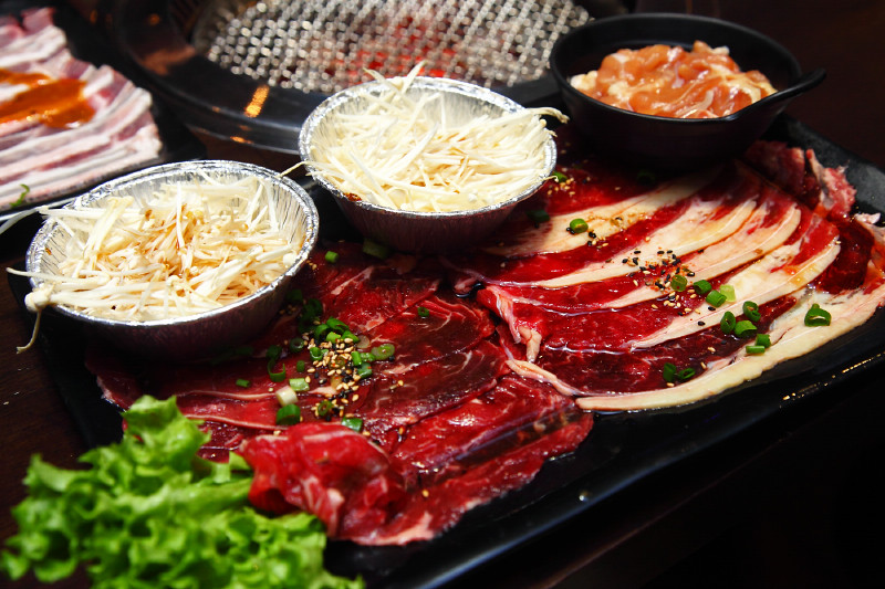 Rocku-Yakiniku-Beef-Platter