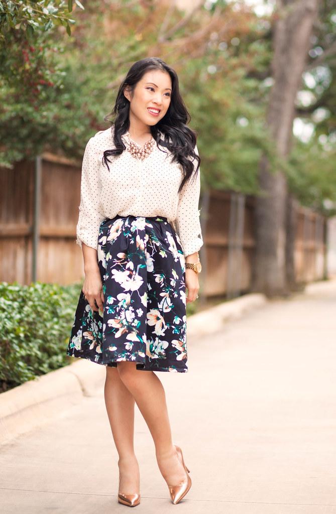 "<a href=""https://www.flickr.com/photos/kileen/16220232528"" title=""https://cuteandlittle.com | petite fashion blog | polka dot shirt, floral pleated skirt, kate spade rose gold pumps | dressy feminine spring outfit by Kileen Cheng, on Flickr""><img src=""http"