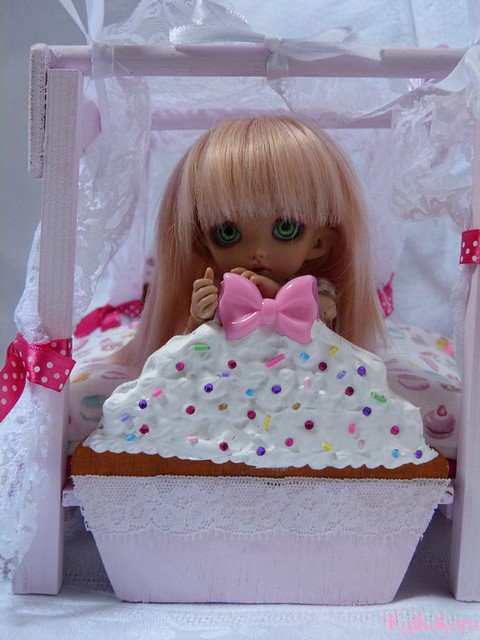 Les 3 Dames ~ meubles pour poupées : Fauteuil SD 16624418950_4b7308d062_z