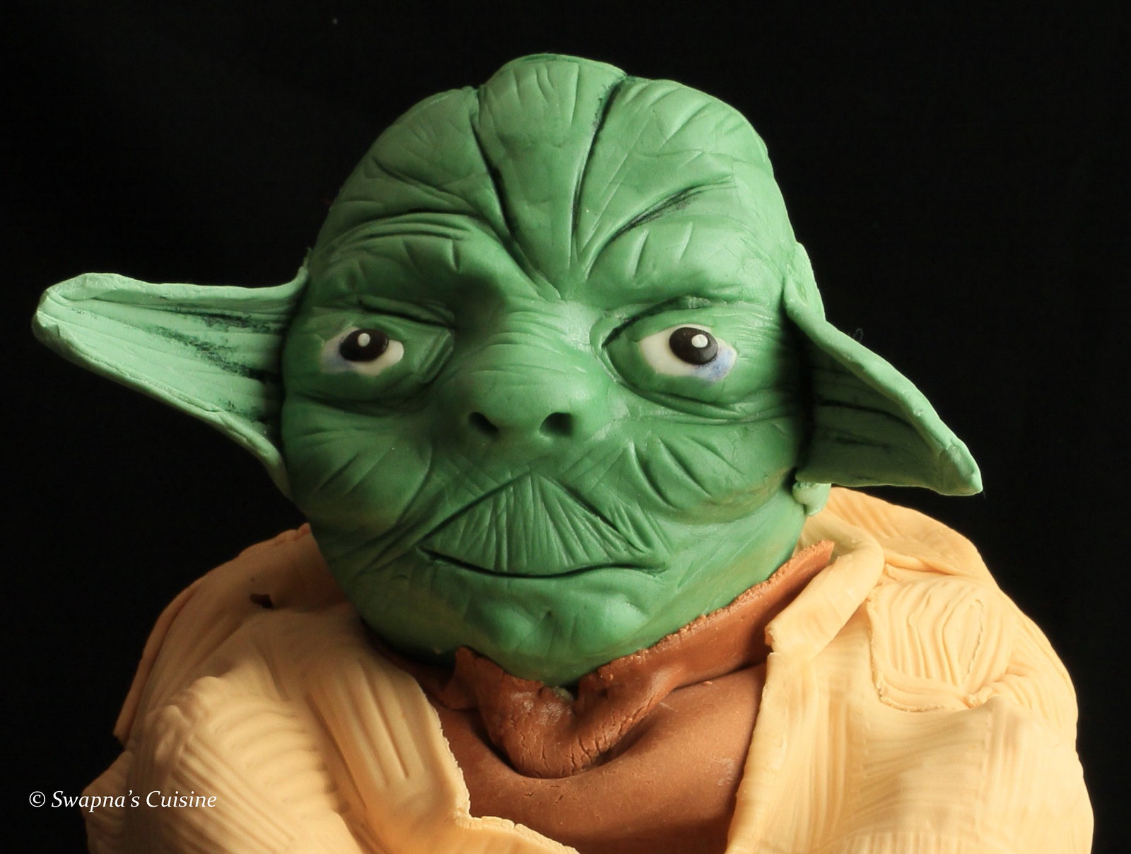 Yoda the Grand Jedi Master Cake