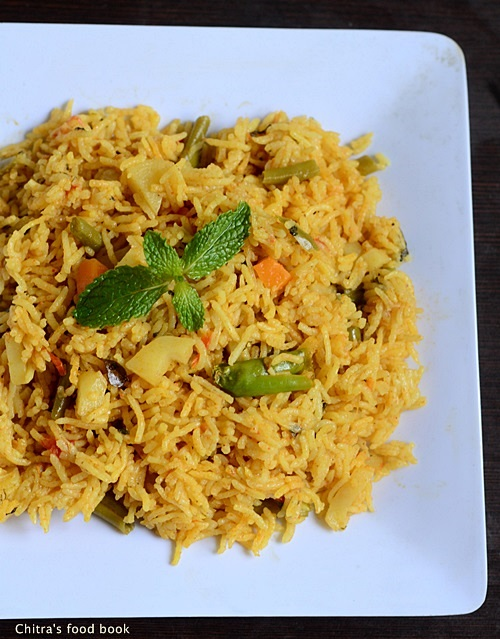 Easy vegetable biryani in pressure cooker