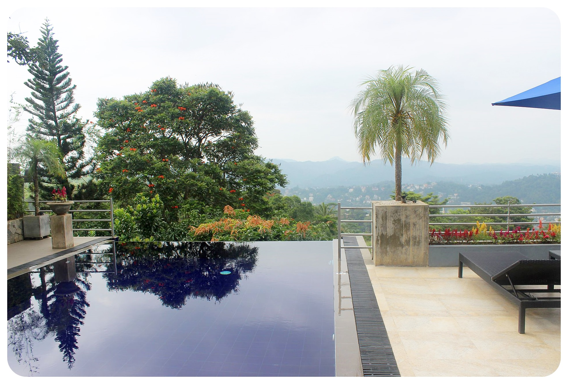 kandy theva residency infinity pool