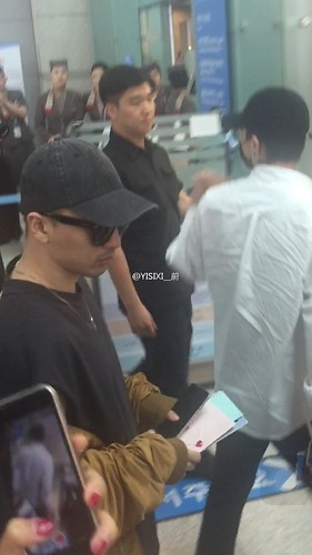 Big Bang - Incheon Airport - 24jun2016 - YISIXI - 10