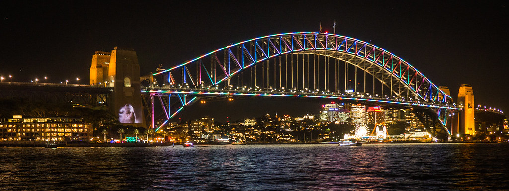 VIVID Festival 2016 Harbour Bridge-2