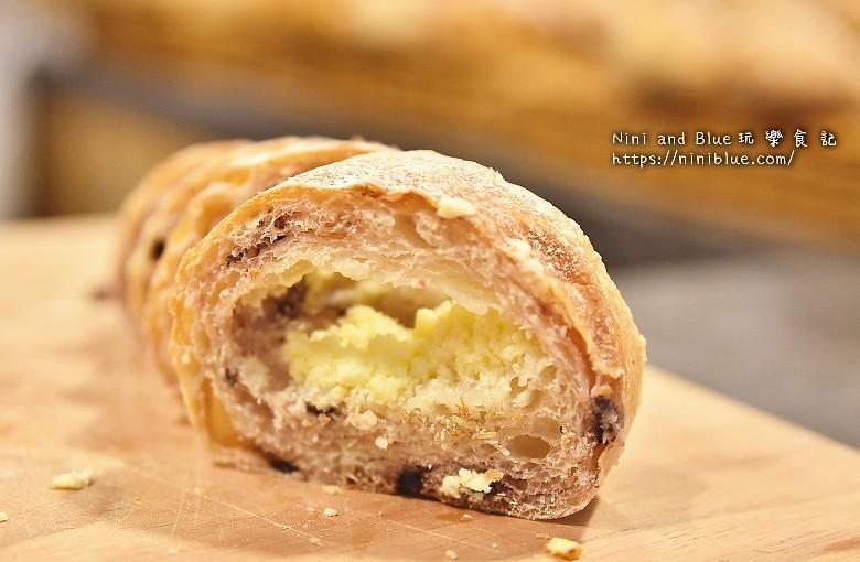 歐客佬咖啡麵包甜點太原路19