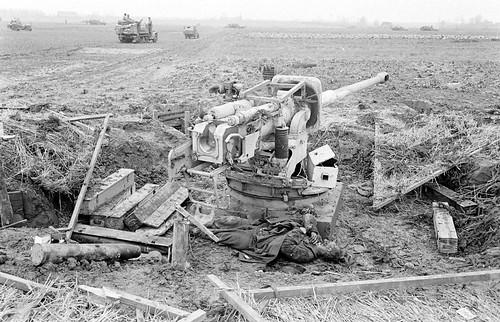 German 88-mm anti-tank gun Pak 433 (8.8-  on a concrete foundation February 1945