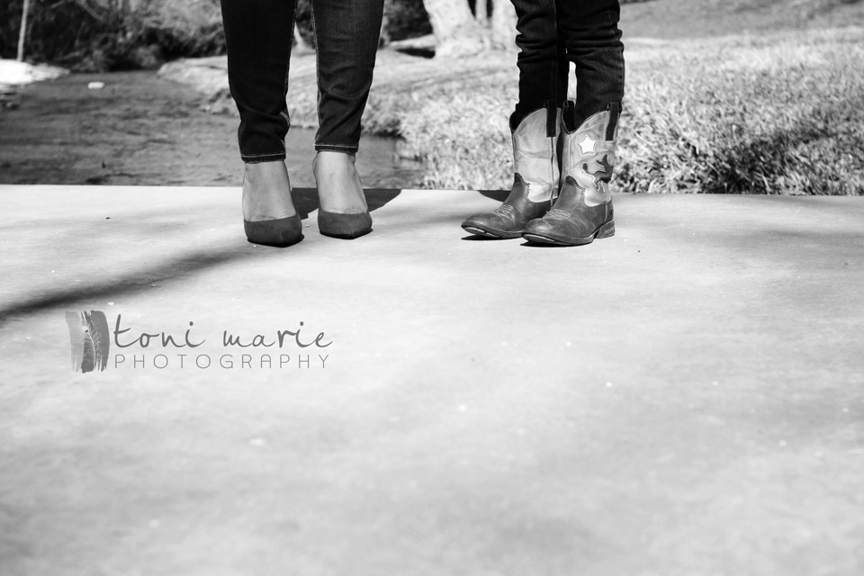pflugerville family photographer - Toni Marie Photography