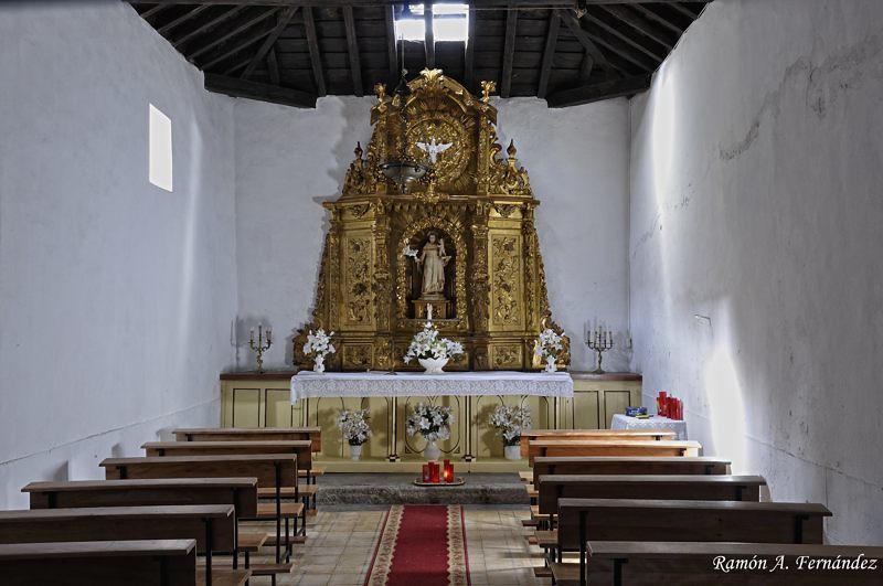 Ermita de San Antonio, interior