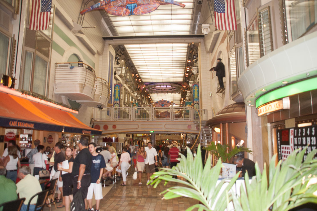 Adventure of the Seas Promenade