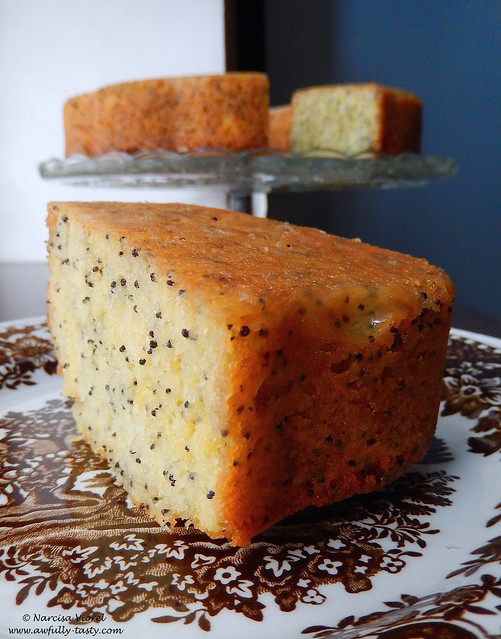 bundt cake cu lamaie si mac