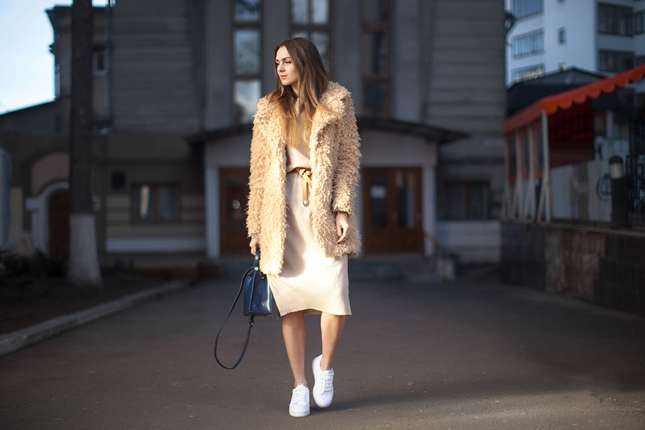 sweater-dress-street-style-outfit-fashion-blogger