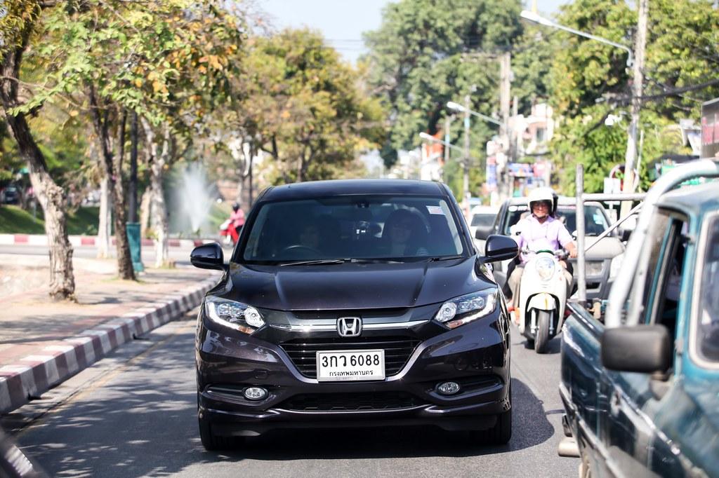 Rebecca saw - Chiangmai - chiangrai - Honda HRV test drive