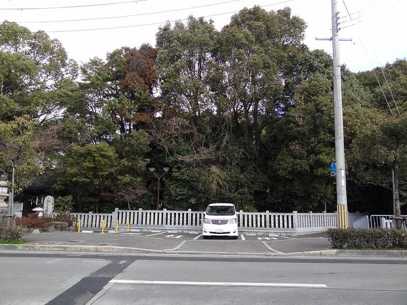 荒見神社(Arami-jinja Shrine) / 駐車場