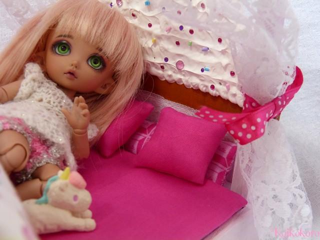 Les 3 Dames ~ meubles pour poupées : Fauteuil SD 16624419890_ec9d506234_z