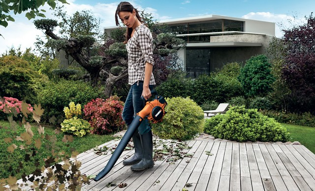 The 40v blower from WORX has a lightweight and ergonomic design