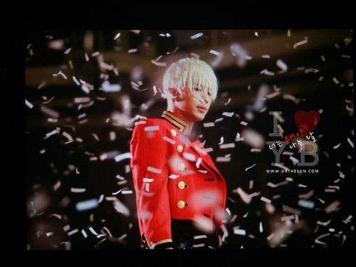 Taeyang-MelOnAwards2014_1-01