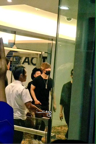 Big Bang - Thailand Airport - 10jul2015 - I_CEZY - 01