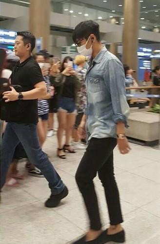 BIGBANG arrival Seoul from Macao 2016-09-05 (16)