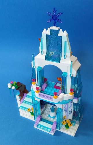 Review 41062 Elsa S Sparkling Ice Castle Brickset Lego