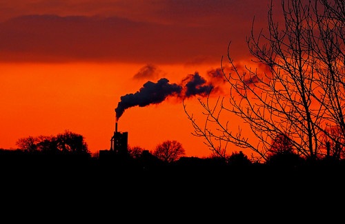 clitheroe ribble ribblesdale cement works factory castle river bowland trough waddington west bradford sunset orange sun silhouette smoke steam lancashire lancs epl5 olympus m75300mm clouds sawley ribbleway heidelberg hanson olympusm75300mmf4867ii autumn industry wednesdaywalk