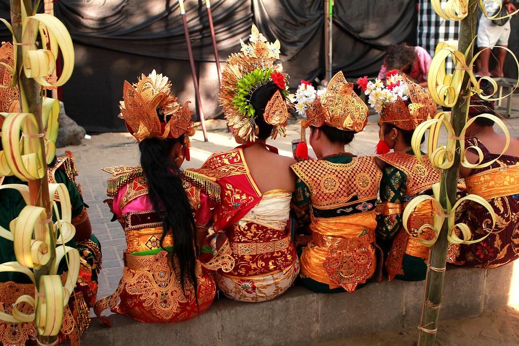 (Bali Indonecia) - cover