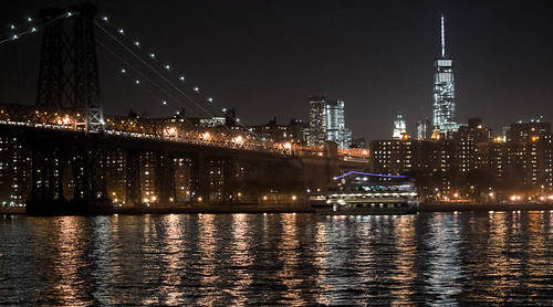 nyc bridge ny tower skyline reflections lights freedom manhattan williamsburg