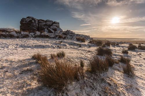 morning winter outcrop sun snow sunrise outdoors countryside nationalpark am nikon rocks devon moors tor dartmoor westcountry princetown dartmoornationalpark nikond750