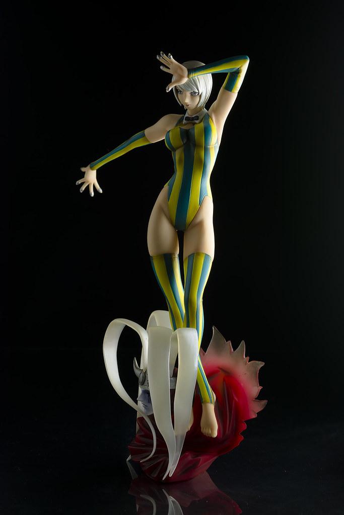 Eleonore-7