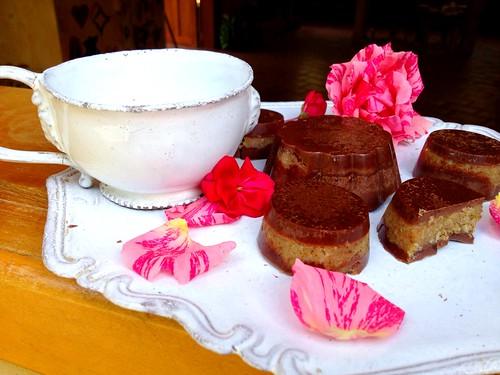 flowers roses love healthy raw chocolates teacup rawtreats dreamfoods