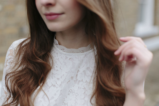 What Olivia Did White Topshop Lace Dress
