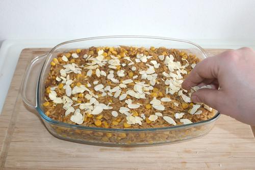 48 - Gehobelte Mandeln aufstreuen / Add shaved almons