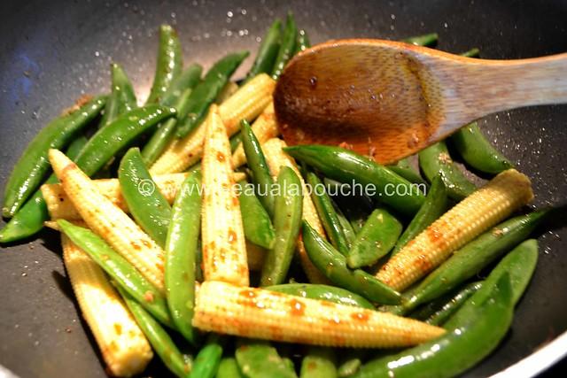 Maïs et Pois Croquants Sautés © Ana Luthi Tous droits réservés