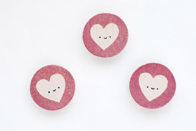 Glittered Heart Magnets